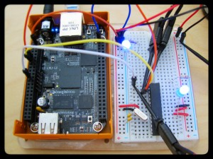 Complete setup with logic analyzer.  Top left LED is just a power indicator so that I know the breadboard is powered.